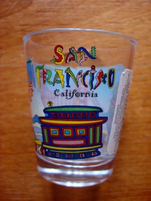 3日目 ピア39でサンフランシスコらしい絵柄のショットグラスを買いました。