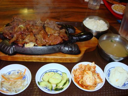 5日目 夕食はリトル東京にあるKOREA B.B.Qへ