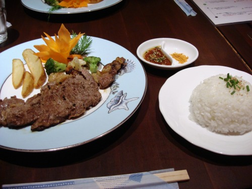 開店1ヶ月感謝メニュー 1日40食限定!! 自慢の150gステーキ サイゴンオリジナルソース@ベトナム料理 サイゴン オペラ Cuisine VIETANM SAIGON OPERA BREEZE BREEZ