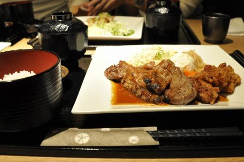 お魚と軍鶏 産地直送処 酉文(和食)で「国産牛(北海道産)ステーキ膳」を食べました@BREEZE BREEZE