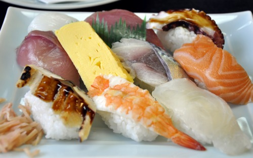 両親の結婚記念日祝いと、私が東京へ行くので、増田屋でお食事会