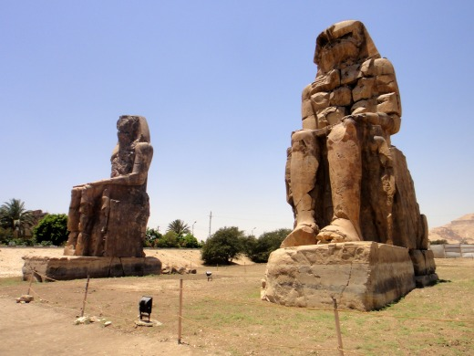 3日目 メムノンの巨像へ
