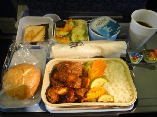 7日目 機内食 夕食 チキン カイロ空港→成田空港