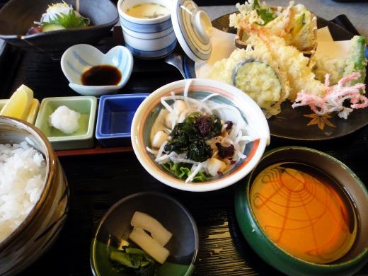 家族4人と祖母と5人で東加古川にある「いりふね」でお食事会