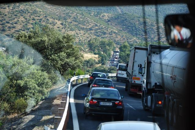 4日目 番外編 渋滞に巻き込まれたのでスペインの高速道路からの風景を少し紹介