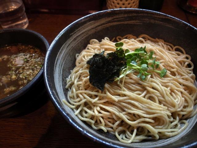 轍で「つけ麺(オーガニック全粒粉麺)」を食べました@神泉