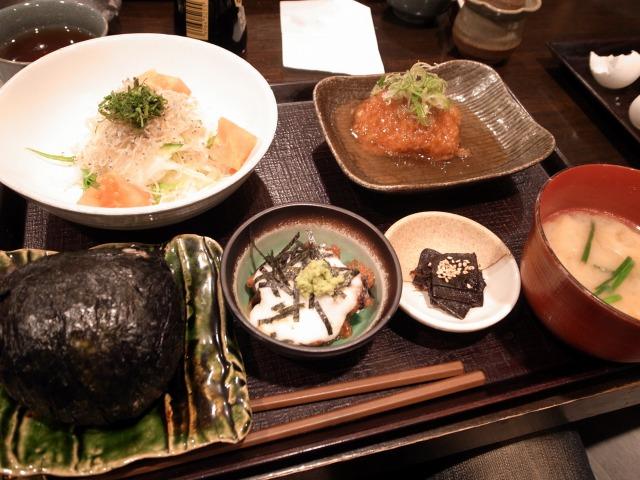 ひしゅうやで「ばくだん定食」を食べました@神泉