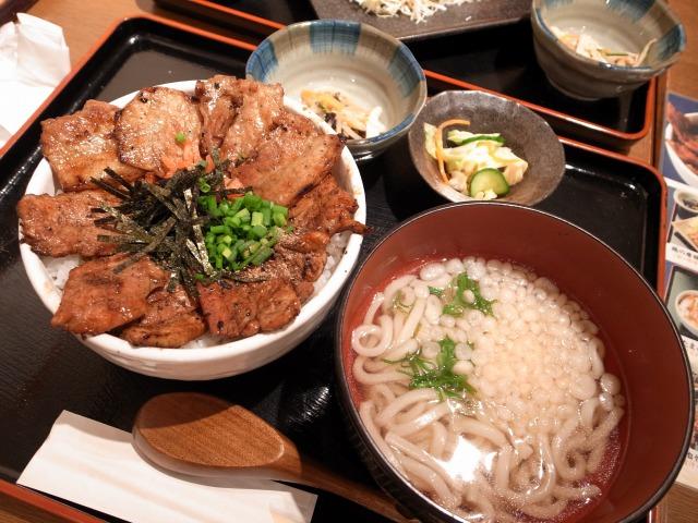 のみくい豚道楽で正月ランチを食べました@ヨドバシ梅田