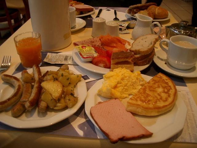 18日目 朝食 ホテル内のレストラン@TRYP MUENCHEN HOTEL