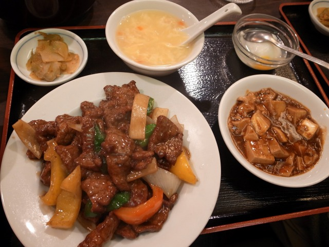 青山一品で「豪油牛肉(牛肉のオイスターソース)」を食べました@渋谷 宮益坂