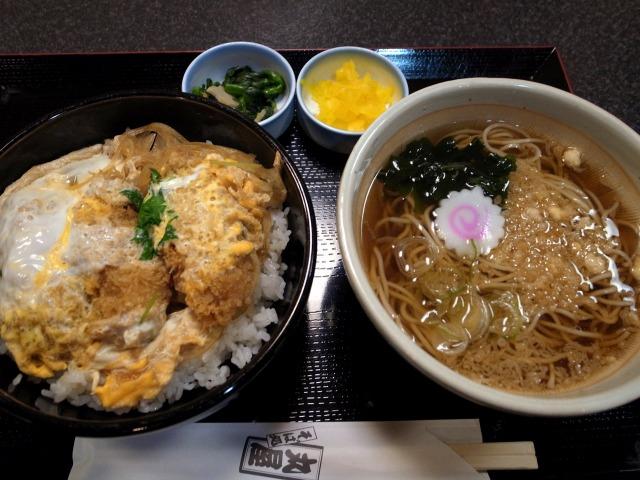 そば処 丸屋で「牡蠣フライ丼」を食べました@渋谷