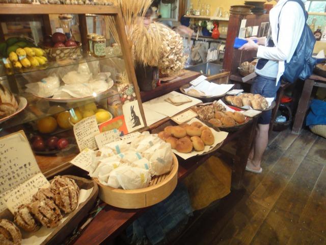 3日目 読谷村にある天然酵母のパン屋さん水円へ立ち寄りました!