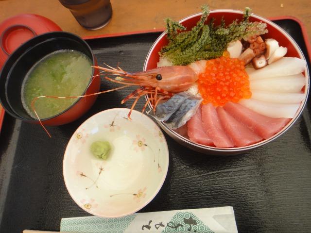 2日目 都屋の海人丼@都屋漁港 いゆの店