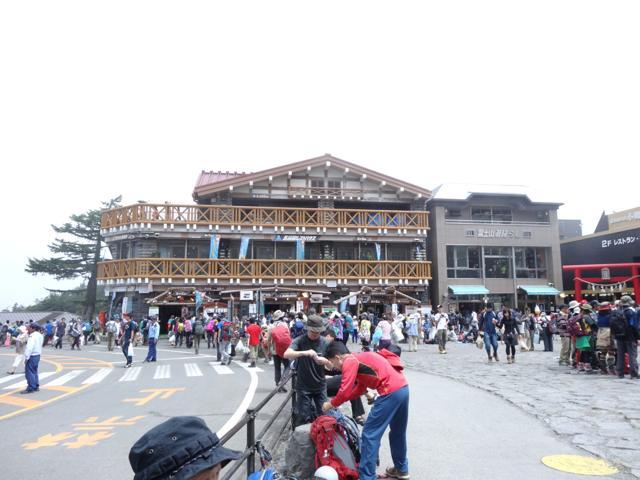 1日目 富士登山出発〜本八合目トモエ館まで