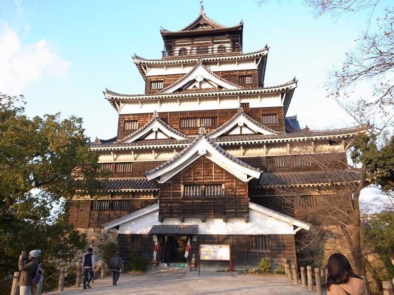 広島観光! ズムスタ、広島城、原爆ドーム、ひろしまドリミネーション