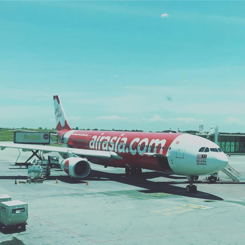 クアラルンプール空港で仮眠して、羽田空港へ帰る
