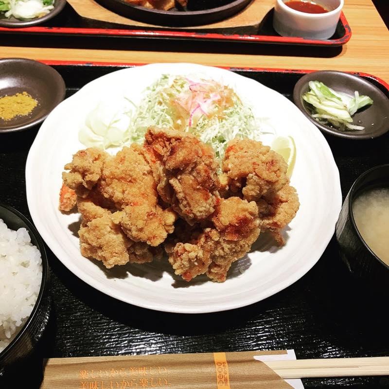 ランチに唐揚げ定食とワイルドカットステーキMをシェアして頂く@NIJYUMARU コロワイド