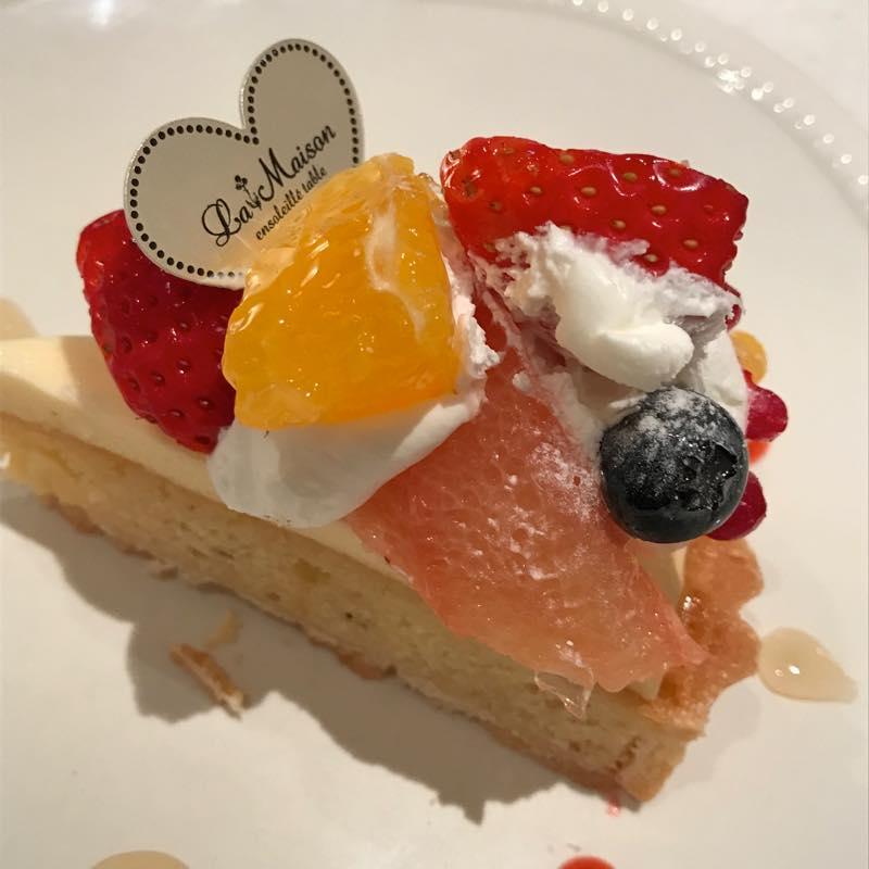 あまおうと不知火の彩りフルーツタルトを食べる!!@La Maison ensoleillé table 自由が丘店