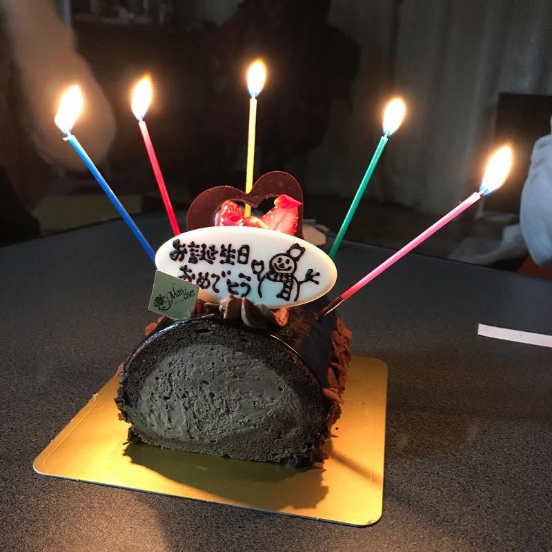 週末にお友達の家に招かれての誕生日のお祝い