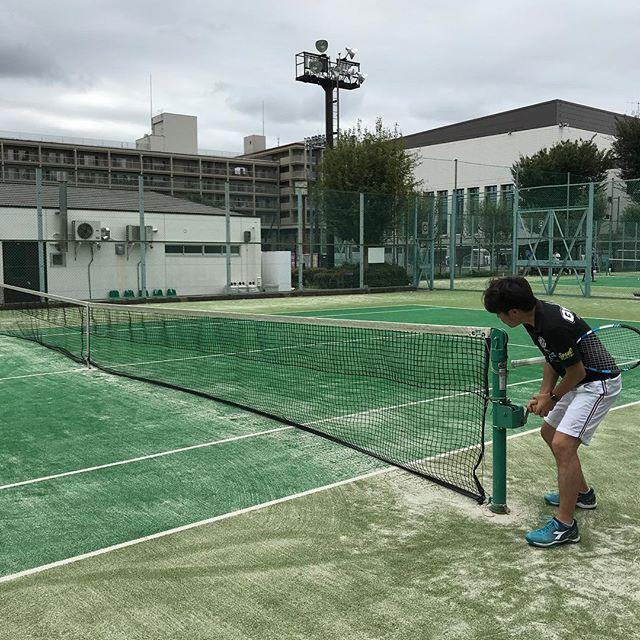 【体育の日】AM9時から11時まで先輩と2人でテニス練習