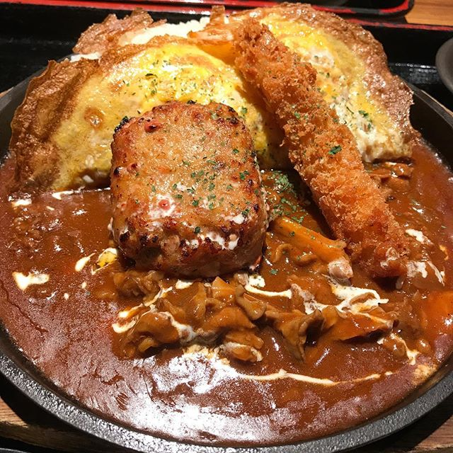 【優待ランチ】日替わりランチ「オムハヤシ」<br>これは通常メニューに入れてほしい!!@NIJYUMARU