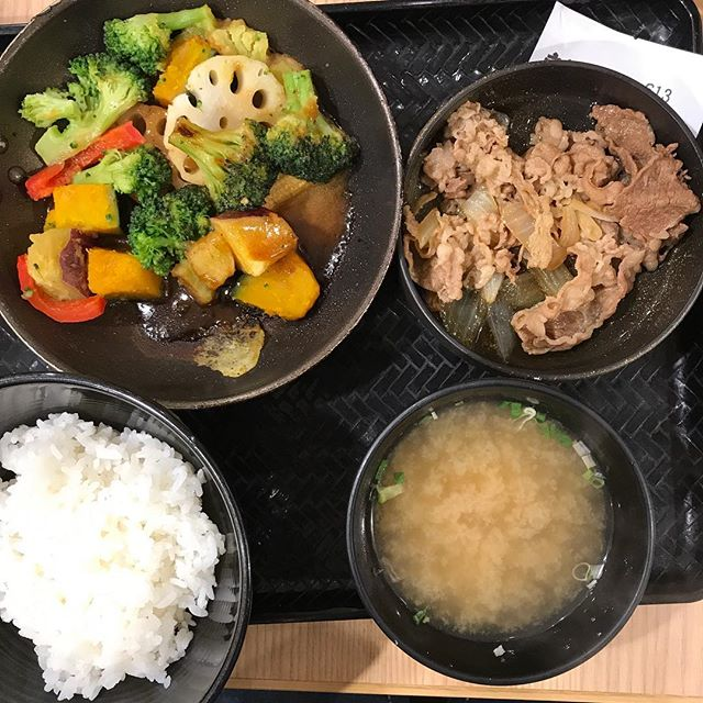 【優待ディナー】ベジ牛定食を頂く!! これはめちゃうま!!@吉野家