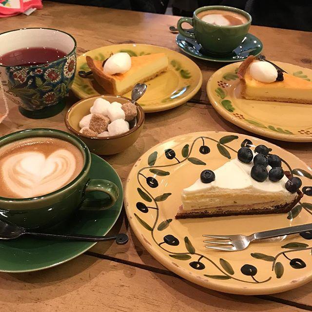 「ペルリエ」と「カフェラテ」を頂く@アラカンパーニュ 大阪茶屋町