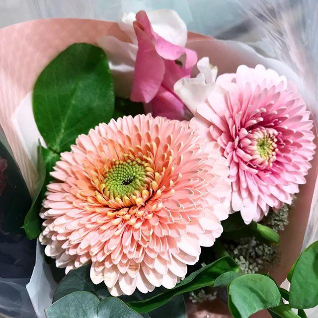 1/31は愛妻の日という事で彼女にお花をプレゼント🎁