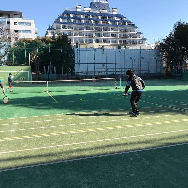 9時から13時までテニス🎾<br>風も無く天気も良くて、テニス日和でした。