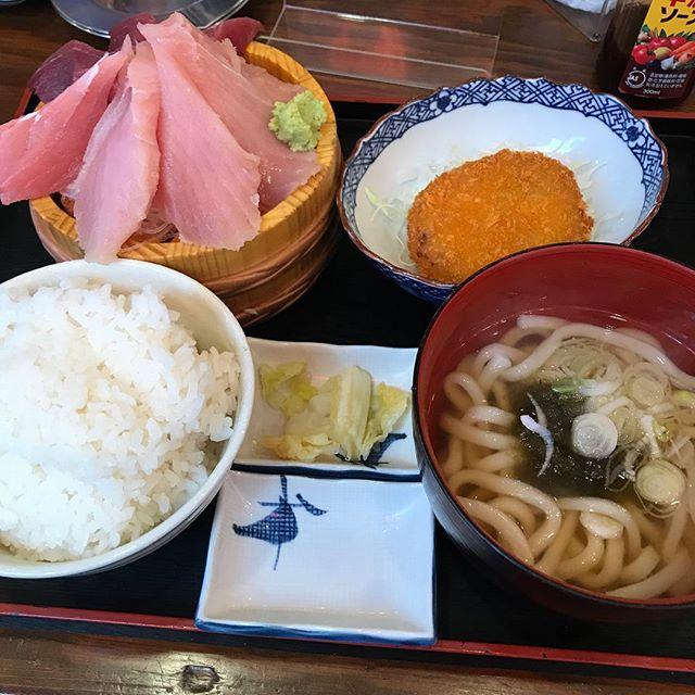 【優待ランチ】まぐろ2種盛り定食を頂く@磯丸水産