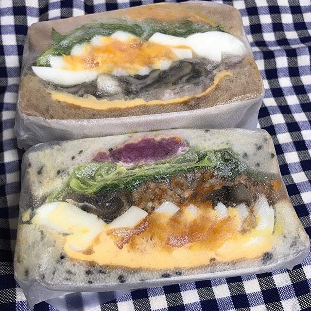 【ReduceGo】Sandwich&Coさんより「たっぷりきのことトマトのボロネーゼサンド」「ローストポークと椎茸のジューシーサンド」頂きました❣️
