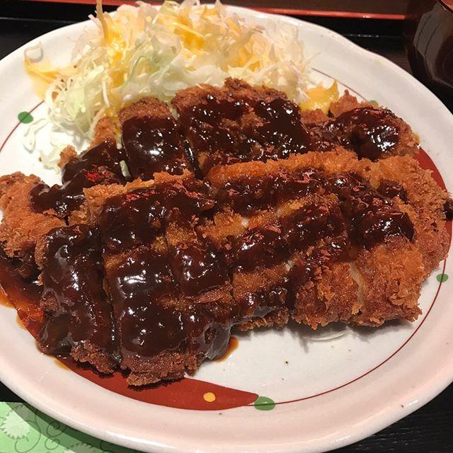 【優待ランチ】鳥良商店にて「味噌カツ定食」を頂く!!