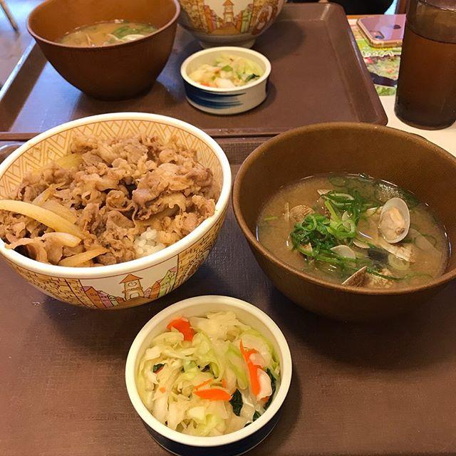 【優待ディナー】すき家「牛丼あさり汁おしんこセット」を頂く!!