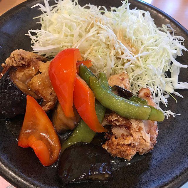 【優待ランチ】ガストくじで大吉引いた❣️<br>ガストで「若鳥竜田と彩り野菜の黒酢あん とAセット」を頂く❣️