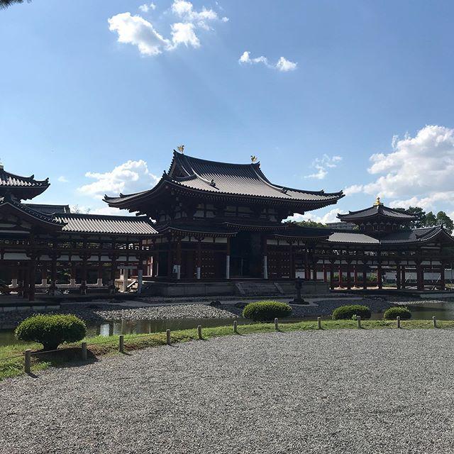 奈良から京都へ帰る途中に宇治へ寄って平等院鳳凰堂へ