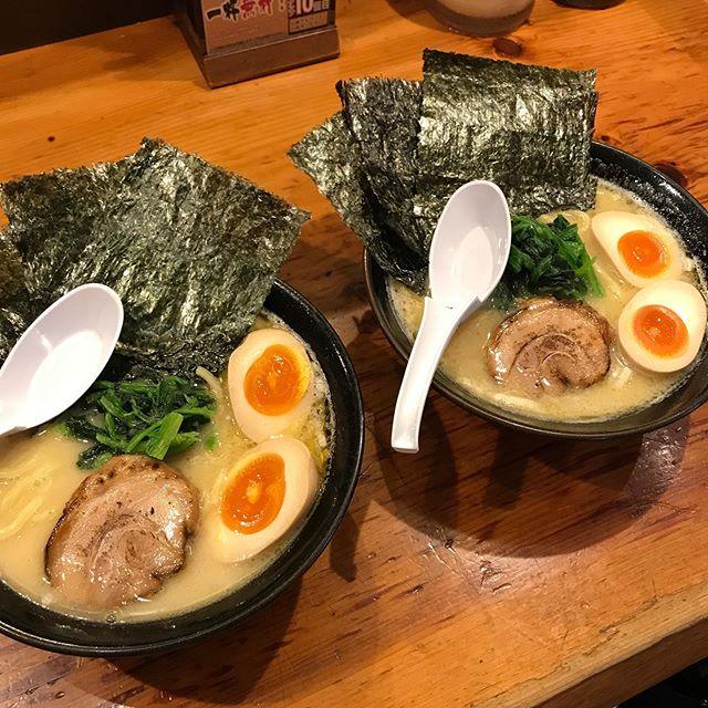 だいぶ前にタイムバンクで購入した渋谷にある横浜家系ラーメンでランチ